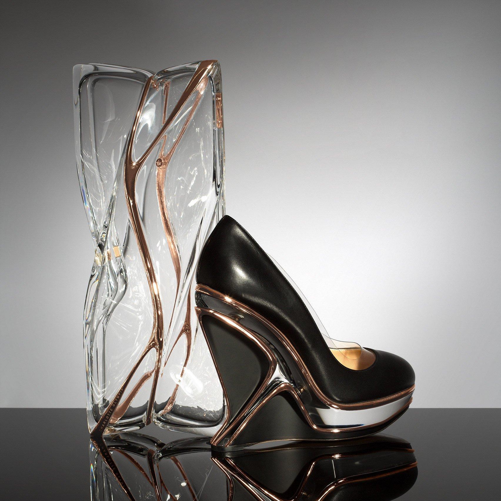 Zaha Hadid et la mode © Charlotte Olympia