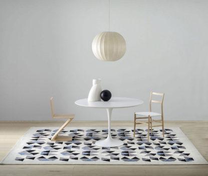 Les meubles et accessoires décoratifs de Gio Ponti. Esagoni, Amini Carpets