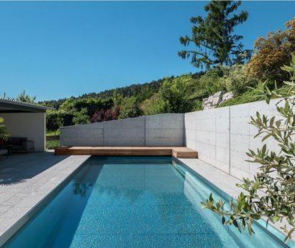 Piscines traditionnelle contemporaine inox. Les différents types de piscines.