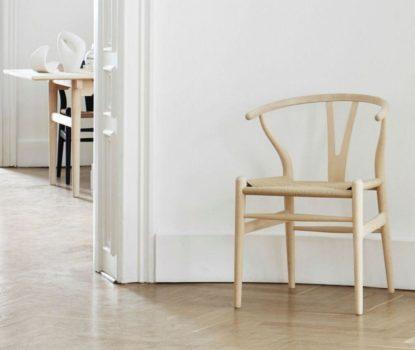 Chaise en bois pour intérieur rustique et contemporain