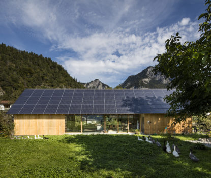 Bearth, Deplazes, Ladner, panneaux solaires, photovoltaïques, Tamins, Grisons, énergie renouvelable, environnement