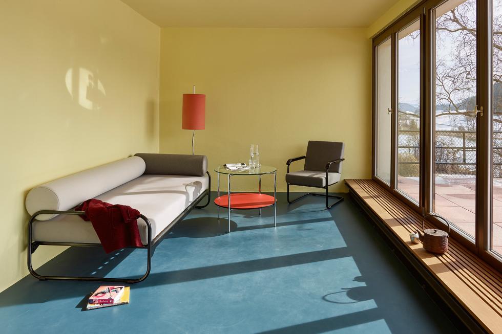 Vente de mobilier design suisse